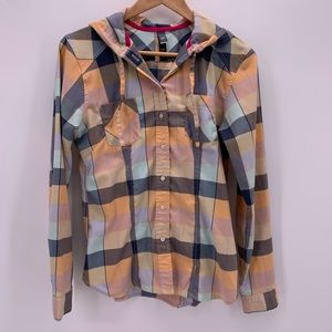 Columbia Tops - Columbia Mountain Hard Wear Button Front Shirt